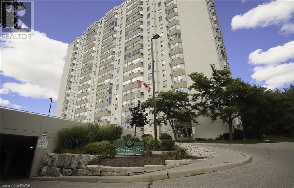 Real Estate Listing   35 GREEN VALLEY Drive Unit# 107 Kitchener